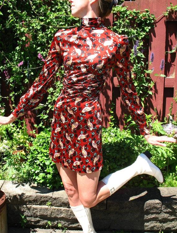 Vintage 60s Gogo Dress / Polyester Dress / Birds and Feathers / Mini Dress