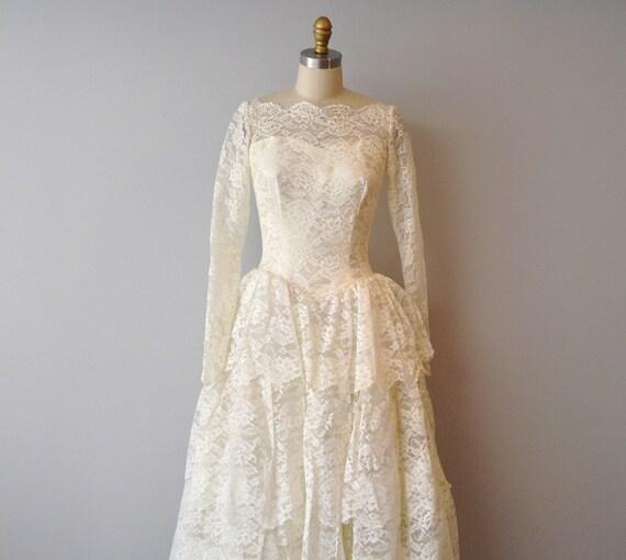 1950s vintage tier wedding ivory dress size aprox 6