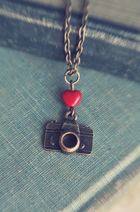 I heart my camera necklace.