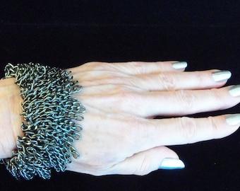 Gunmetal Fringed Chain Stretch Infinity Bracelet