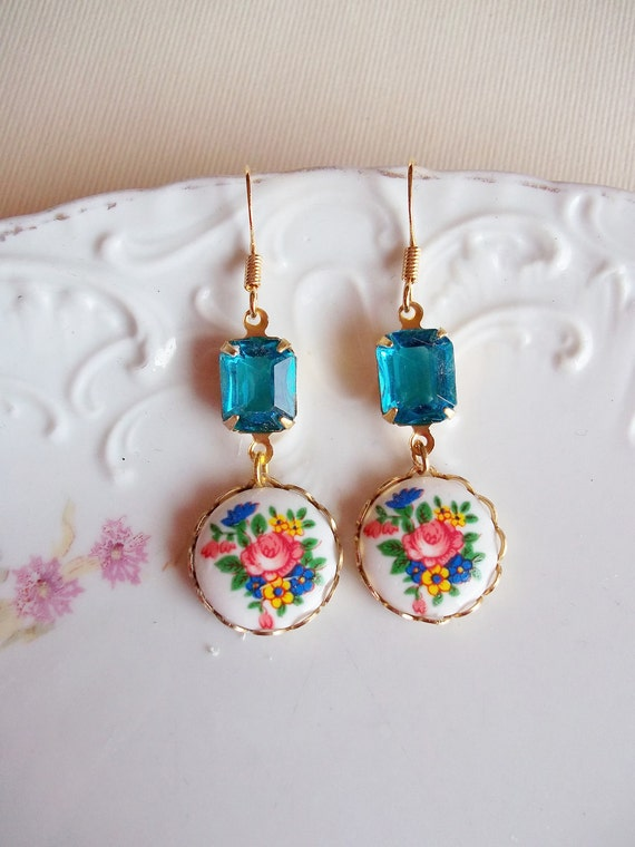 Vintage Floral Cabachon Earrings with Blue Topaz Drops - 14K Gold