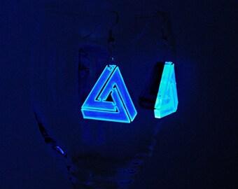 Optical Illusion / Geometric Triangle Earrings