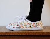 SALE vintage shoes / floral canvas sneakers (size 8)