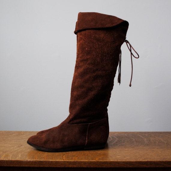 vintage riding boots / dark brown suede lace up backs (size 6.5 eur 37)