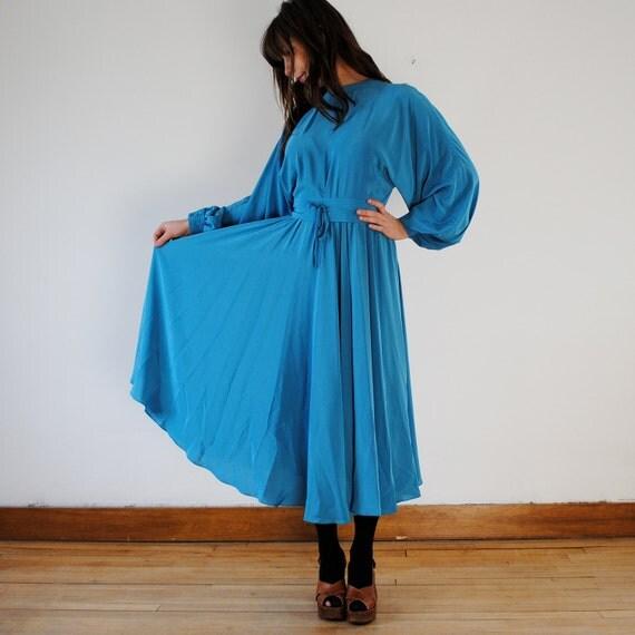 vintage dress / blue maxi 70s style dress (m)