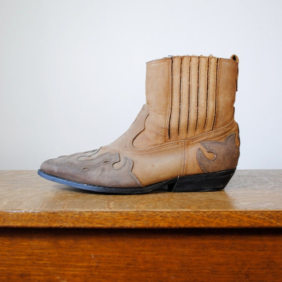 vintage boots / suede cropped cowboy boots  (size 9.5-10)