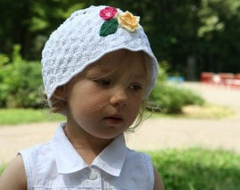 Summer Girlie Hat with Flowers in White. Wedding Crochet Accessory. White Bridal Hat. Sun Protection Hat. by dodofit on Etsy