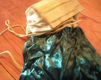 VELVET EVENING PURSE, dark green crushed velvet