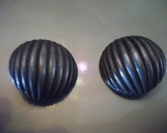 VINTAGE EARRINGS, clip-ons, pewter, 1980s