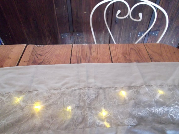 TABLE RUNNER with fairy LIGHTS, silvery grey, tassles, portable, battery-operated, Hollywood Regency, party, wedding