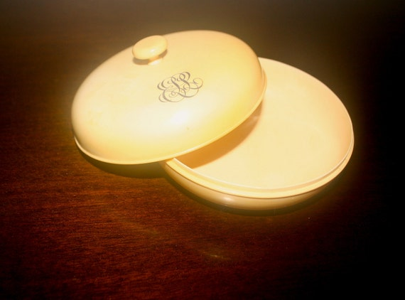 Art Deco powder box celluloid Bakelite bone round vintage