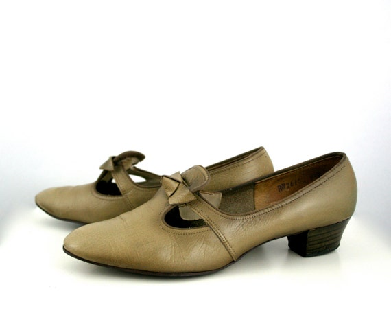 RESERVE FOR ELLE2538 Vintage Leather Dress Shoes in Taupe Women's Size 6