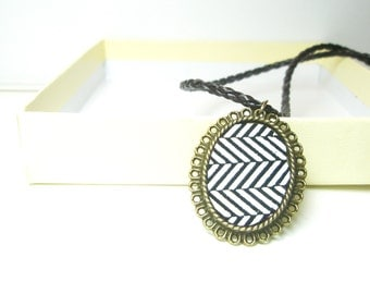 Sale   Grafic Print Necklace -Black and White  geometric Leather   Necklace,  Fashion Pendant