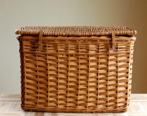 Vintage Large Woven Lidded Basket