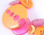 Sherbet - Pink and Orange Button Bracelet - FREE SHIPPING
