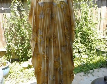 Hawaian Palms superstar maxi, late 70's, all it needs is some oversized sunglasses and a mai tai.Sz. s/m