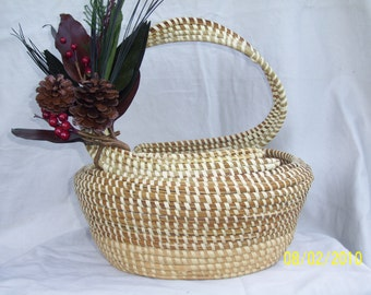 Sweetgrass Gullah S-handle Basket