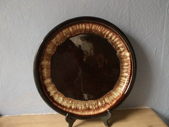 vintage round platter, brown drip, USA pottery, serving plate, Hull, mccoy