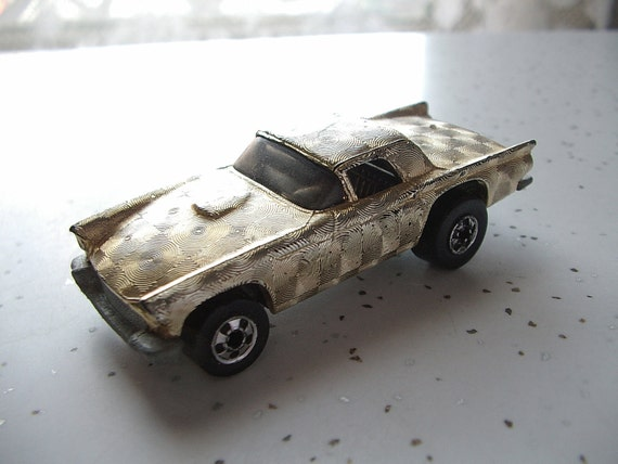 vintage 1970's Hot Wheels car,  '57 Thunderbird in gold, 1977, toy car