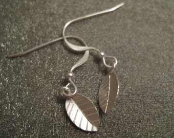 Sterling Silver Tiny Leaf Earrings
