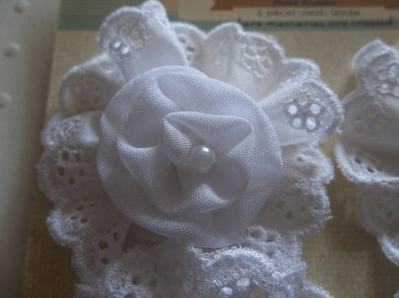 "NEW: Handmade Manette White Fabric 1.5"" Eyelet Flowers With Pearls by Prima Flowers - Qty 6"