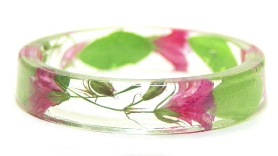 Flower Jewelry- Flower Bracelet- Pink Bracelet-Pink Jewelry- -Resin Jewelry- Real Dried Flowers- Green Bracelet- Green Jewelry
