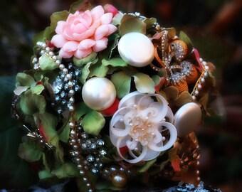 Victorian memorial brooch bouquet bridal jeweled bouquet