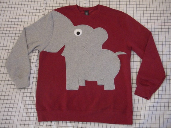 Fun Elephant Trunk sleeve sweatshirt UNISEX mens M  ReD