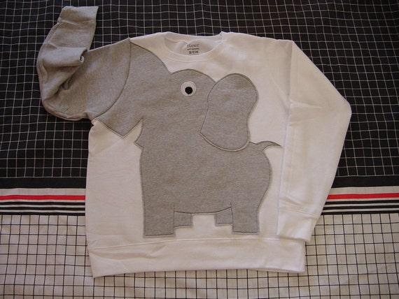 Elephant Trunk sleeve sweatshirt sweater jumper LADIES M white