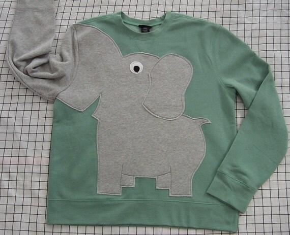 Fun Elephant Trunk sleeve sweatshirt ladies L GREEN