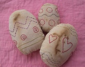 Primitive Easter Egg Bowl Fillers, Extreme Primitive Stitchery Egg Tucks