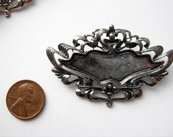 4 Vintage silver tone French decorative Brooches HC030.