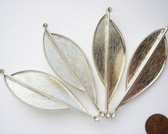 4 Vintage Silver tone Modern art brooches HC072 .