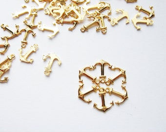 70 Vintage gold tone small Anchor Charms HC092.