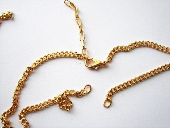 5 pieces heavy vintage gold tone necklace chains with all the parts HC018.