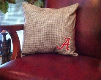 "ALABAMA SOFA PILLOW-Bear Bryant Houndstooth 16 X 16 Pillow with Embroidered Crimson Alabama ""A"""