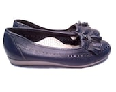 Oxford Loafer Flats Navy Leather with Tassels Size 7 D, Vintage