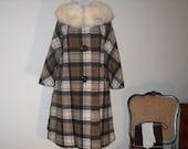 Vintage Swing Coat / Fur Collar / Brown Plaid / Arctic Fox Fur