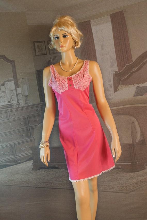 1960s vintage full slip mod pink - 1148