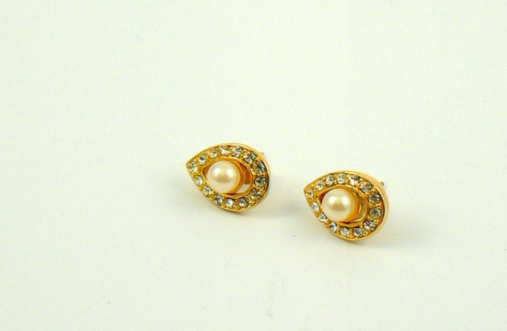 Vintage diamond and pearl stud earrings