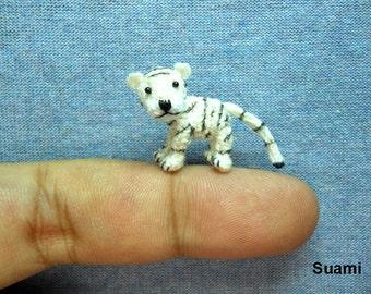 Micro Amigurumi  White Tiger - Miniature  Dollhouse Tiny Stuffed Animal - Made To Order