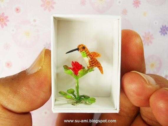 Miniature Hummingbird - Teeny Tiny Crochet Birds - Hummmingbird in Brown Blue