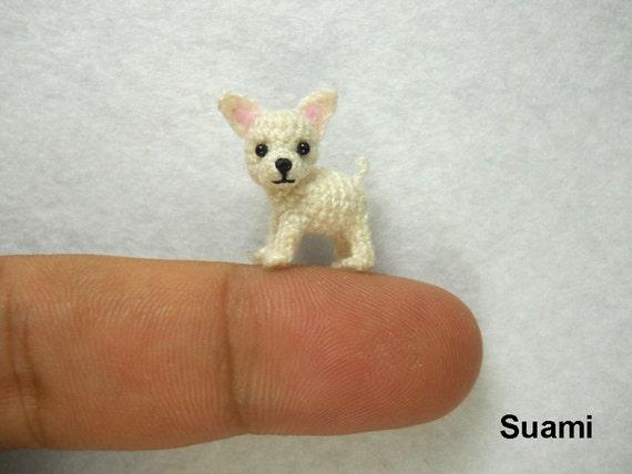 Perro Amigurumi Kawaii : White Chihuahua Dog Tiny Amigurumi Micro Crochet Miniature