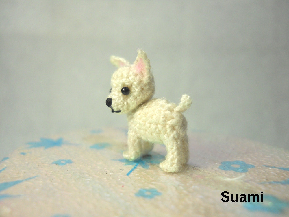 wei e chihuahua hund kleine amigurumi micro h keln miniatur. Black Bedroom Furniture Sets. Home Design Ideas
