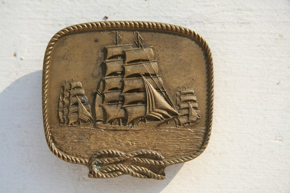 I Saw Three Ships - vintage belt buckle