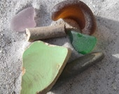Beach Floatsam & Jetsam 4: Collage/Jewelry Sea Glass, Stone, Pottery, Clay Pipe