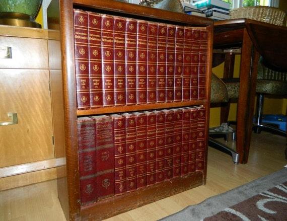 Entire Set of 1957 Encyclopedia Britannica In Book Case