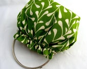 Reversible Birds On a Curly Wire Flipside Grass Green Vines Purse with Kisslock Metal Frame