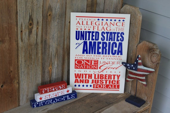 I pledge allegiance to the flag board- perfect for july 4th, classrooms or patriotic decor