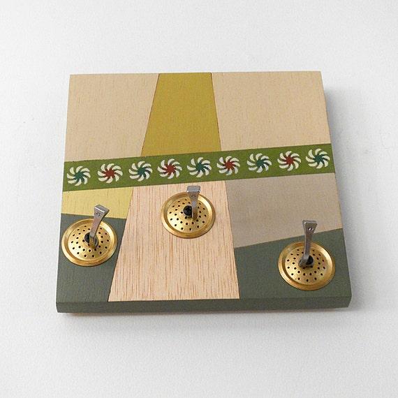 CUMIN:  key hooks geometric modern retro  wall mount